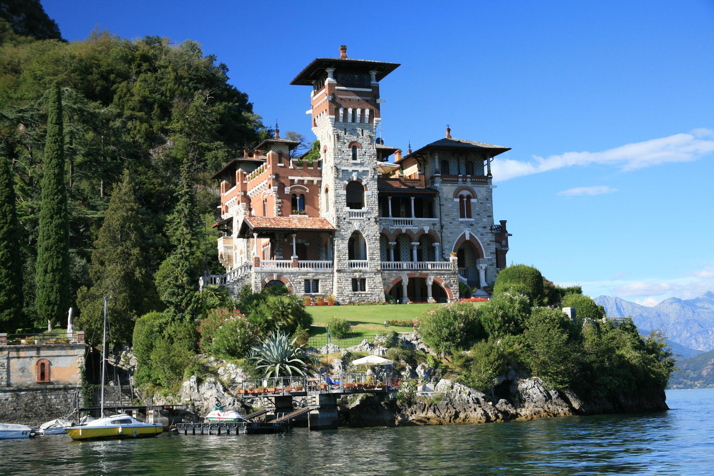 Villa casino royale lake como