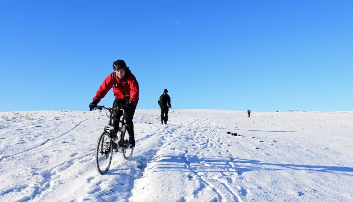 Mountainbiken sneeuw
