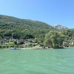 Rivier Mera richting Lago di Mezzola