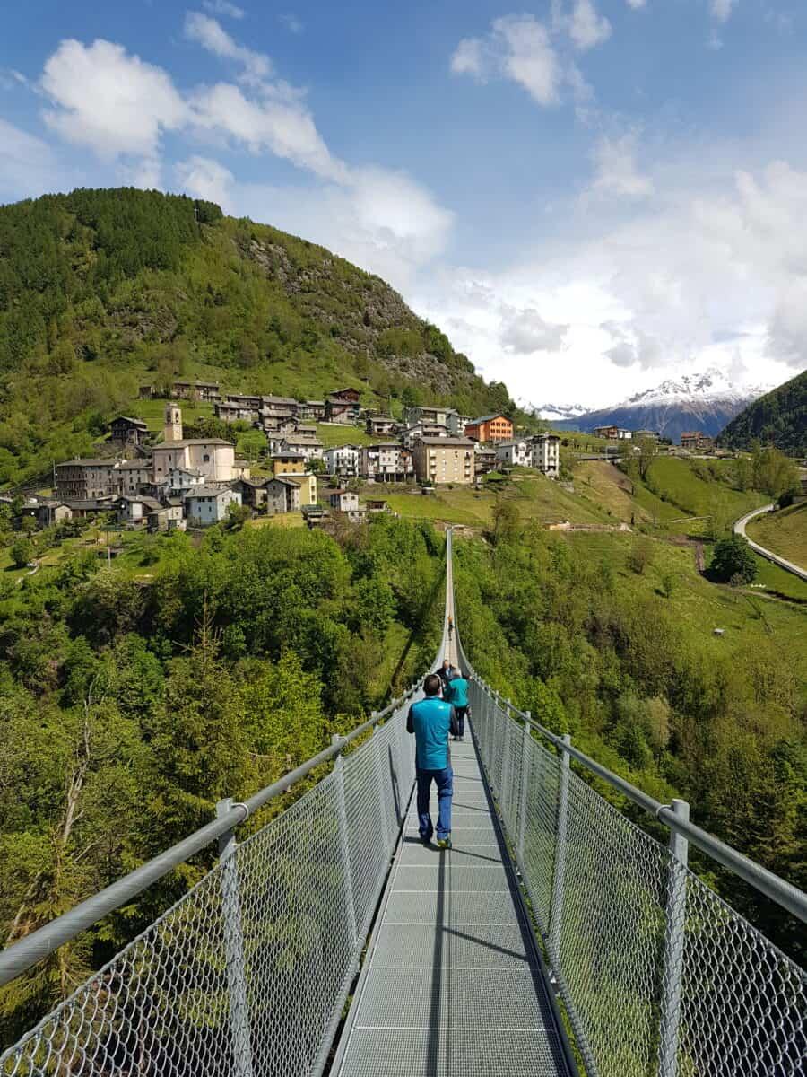 Lopen over de Ponte nel Cielo